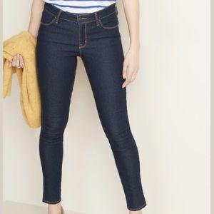 OLD NAVY Mid-Rise Dark-Wash Super Skinny Jeans